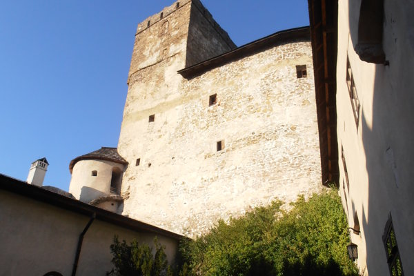 Hrad vspišskej obci Nedeca patriacej dnes Poľsku.