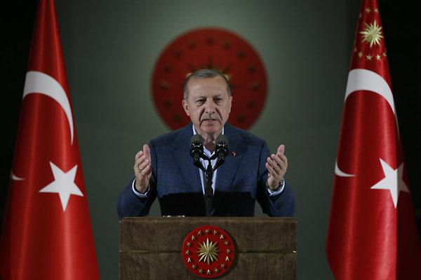 Turecká vládna strana kritizuje Rijád za neskoré priznanie