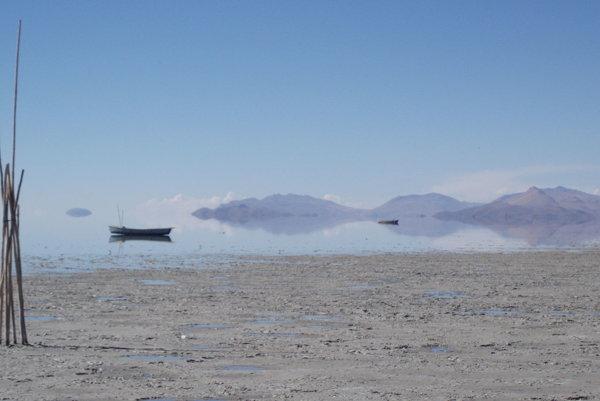 Kým sa jazero doplní, rybári budú bez obživy a okolitý ekosystém veľmi zraniteľný.
