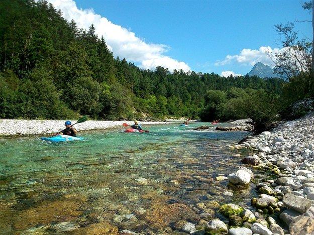 Rieka Soča je top raftingovou destináciou v Európe.