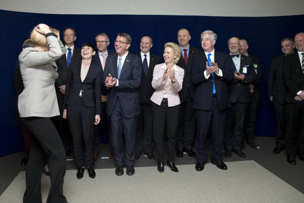V Bruseli sa vo štvrtok končí rokovanie ministrov obrany NATO.