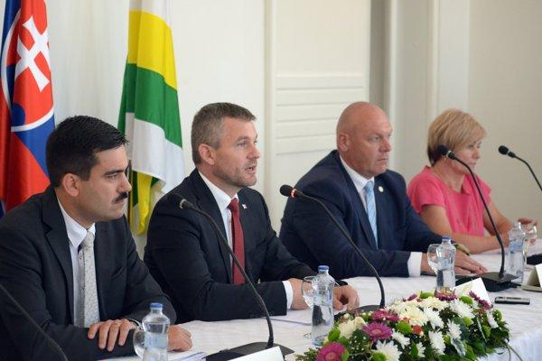 Výjazdové zasadnutie vlády vo Fiľakove.