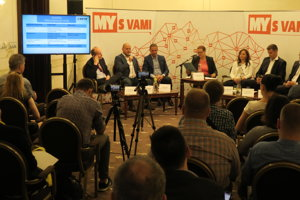 Diskusia v Bratislave.