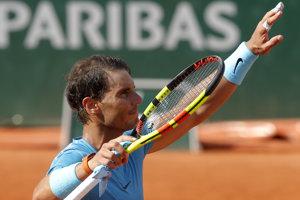 Rafael Nadal sa raduje z víťazstva.