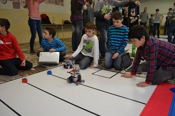 Mladé talenty robotiky.