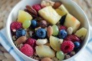 Vláknina nie je iba v obilninách, doplní ju aj svieže ovocie a oriešky.