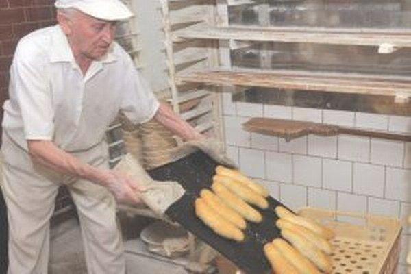 Najstarší pracujúci pekár na Slovensku ostal verný starej receptúre.