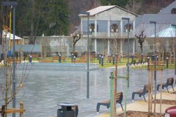 Oddychová zóna v Rajeckých Tepliciach. Aj ona bola vybudovaná z peňazí Európskej únie.