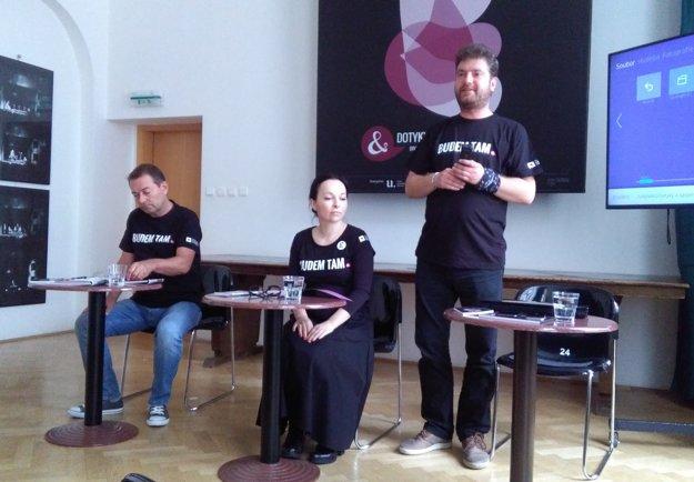 František Výrostko, Monika Michnová a Tibor Kubička predstavili včera program i novinky festivalu.