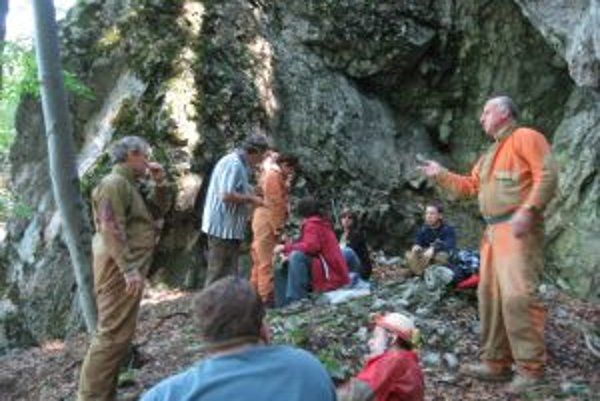 Pocit, ktorý jaskyniari zažívajú pri objavovaní, by vraj nevymenili.