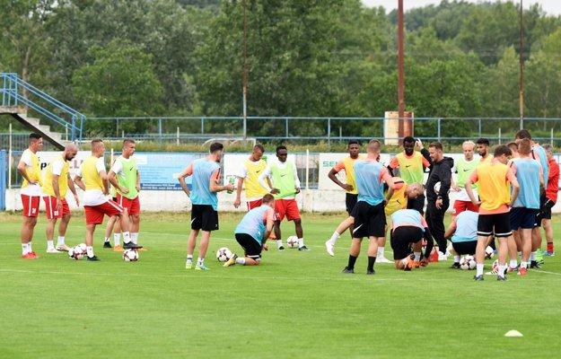 V Seredi skúšajú veľa nových hráčov.