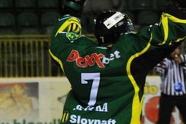 Václav Stupka strelil oficiálne jeden gól. Druhý mu pre údajné posunutie bránky rozhodca neuznal.