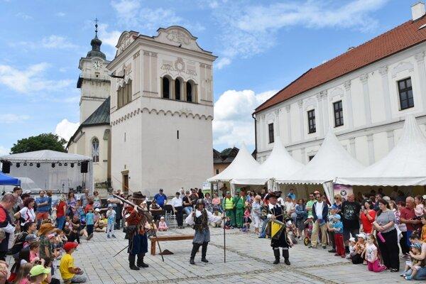 Kultúrne leto odštartoval jarmok v Spišskej Sobote.