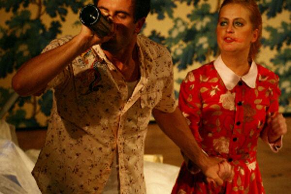 Inscenácia Poľovačka na losy, ktorá bola v programe 21. ročníka Medzinárodného divadelného festivalu Bez Hranic/Bez Granic v mestách Cieszyn, Český Tešín a Bielsko-Biala. Toto predstavenie sa hralo v divadle Adama Mickiewicza v Cieszyne 8. októbra.