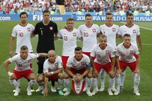 Futbalisti Poľska pred začiatkom zápasu.