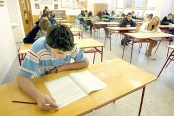Testovanie deviatakov je bodkou za základnou školou.