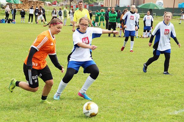 V Oravskej Jasenici sa stretlo vyše 400 futbalistiek.