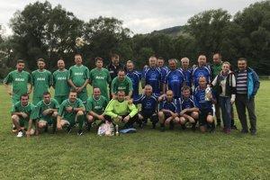 Súčasťou dňa otcov v Povine je už tradičný futbalový zápas.