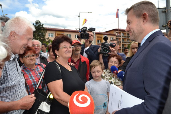 Pemiér Pellegrini medzi Medzilaborčanmi.