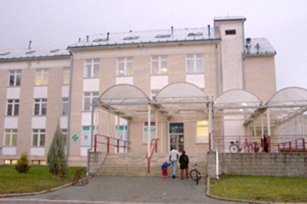 O laboratórium na poliklinike v Bytči má vraj záujem firma Alpha Medical, ktorá pôsobí v skupine HMO, dcérskej spoločnosti skupiny Penta.