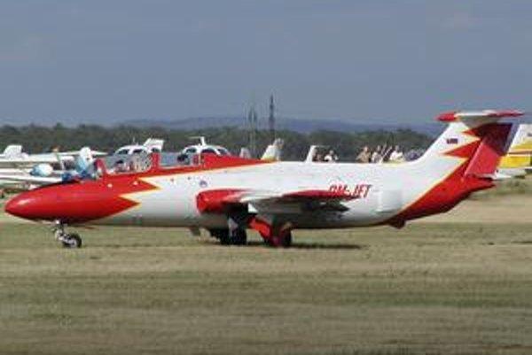 L29 Delfin bol vojenským prúdovým cvičným lietadlom.