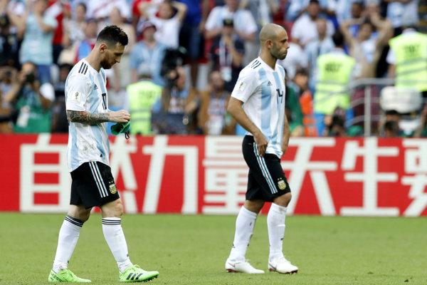 Argentínski futbalisti sa z MS v Rusku porúčali bez fanfár, v role porazených.