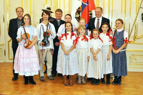 Snahu koledníkov z Námestova ocenil aj prezident Andrej Kiska.