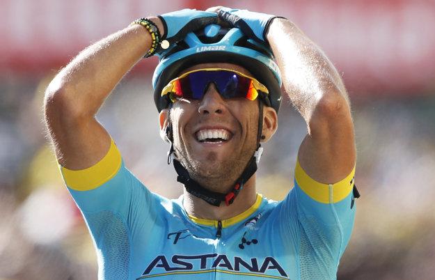 Omar Fraile sa teší z víťazstva v 14. etape Tour de France 2018.