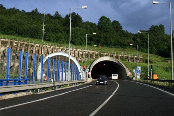 Tunel Horelica.