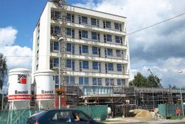 Mesto získalo dotáciu na rekonštrukciu hotela, polovicu nákladov hradí z vlastného rozpočtu.