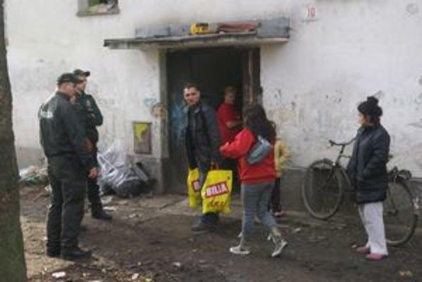 Kontrola bola s asistenciou polície.