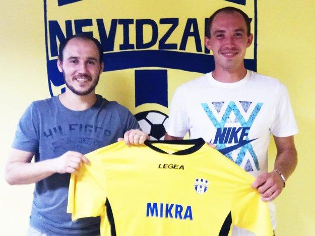 Roman Žikavský (vľavo) a Peter Drgoňa patria medzi nové či staronové tváre v Nevidzanoch.