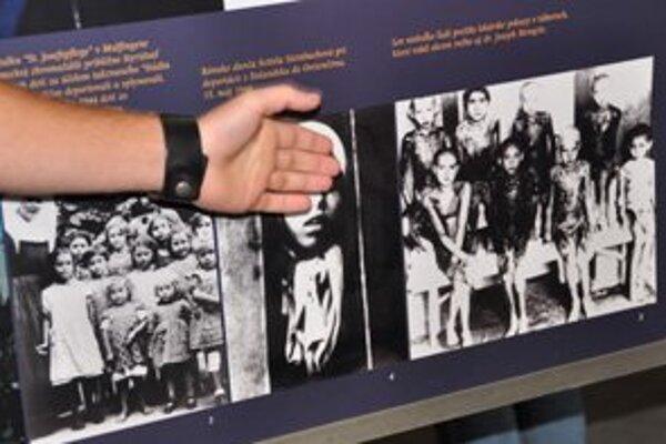 Študenti predstavili denník obete nacizmu.