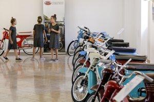 Výstava Retro motocyklov na Bratislavskom hrade.