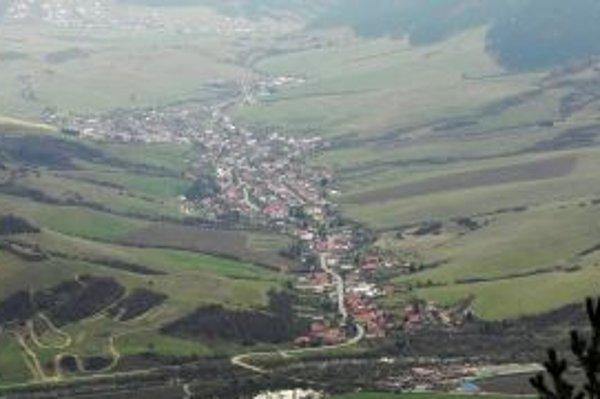 Pozemky okolo Žaškova rozhádali obyvateľov obce.