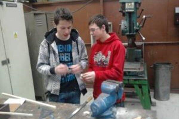 Dolnokubínski študenti patria k najšikovnejším technikom.