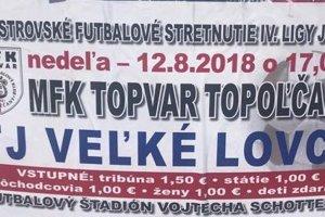 Plagáty v meste pozývajú na futbal, ten sa však hrať nebude.
