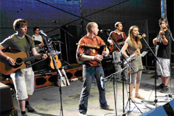 Robo Hulej a Spod Budína na festivale Porta.