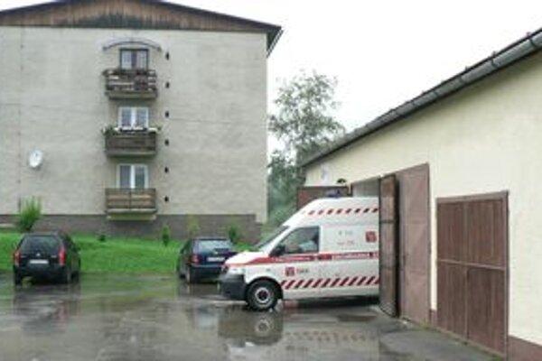 Stanica rýchlej pomoci v Or. Veselom. Štyri roky ju prevádzkovala námestovská poliklinika, vlani o licenciu prišla.