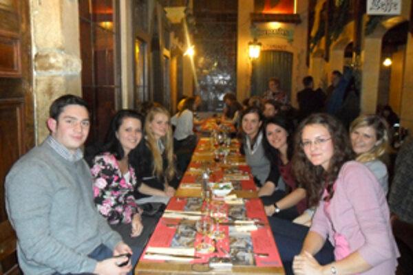 Večera na Grand- Place.
