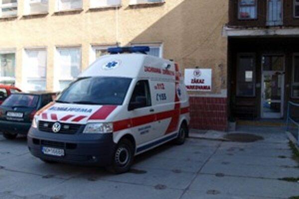 Plne vybavené záchranky čoskoro budú pre námestovskú polikliniku zbytočné. Zostala im jediná stanica záchranky – priamo v Námestove.