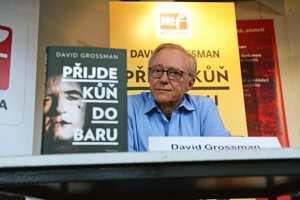 autor a spisovateľ David Grossman
