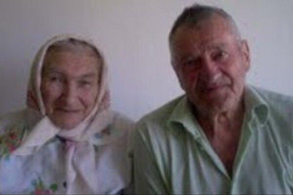 Johana a Anton JaníkovciSú najstarším manželským párom v Sedliackej Dubovej.