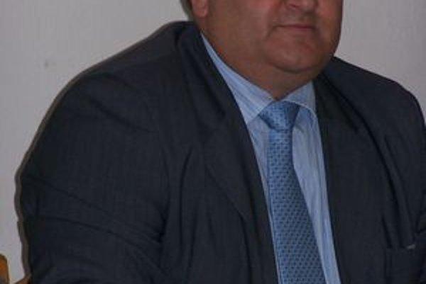 Staronový primátor Trstenej Jozef Ďubjak (SMER-SD).