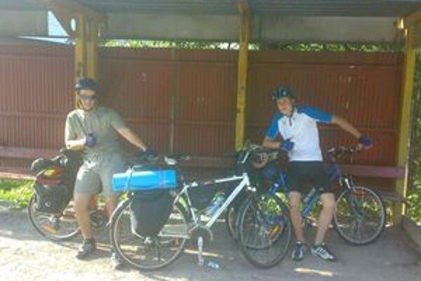 Dolnokubínčania na štarte štvordňového dobrodružstva, ktoré ich na bicykloch priviedlo až do Chorvátska.