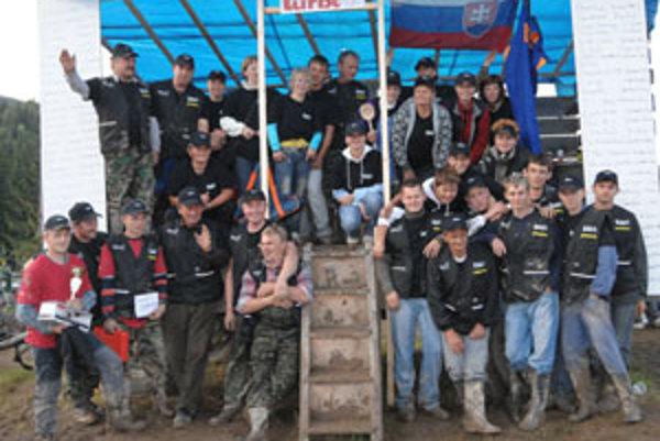 Organizátori aj súťažiaci Sihelského Turba 2009 boli ako jeden tím.