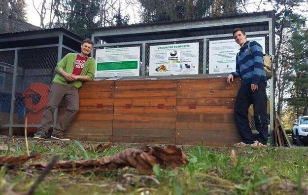 Ivan Kohút (vľavo), autor a koordinátor projektuspolu s Michalom Vavríkom, riaditeľom žilinského projektu kompostuj.me.