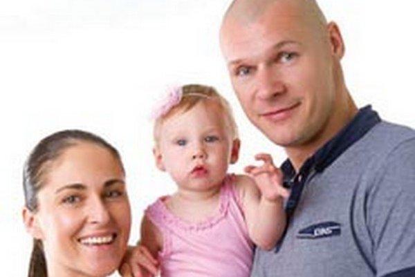 S rodinkou - zľava Martina, Karin a Pavol.