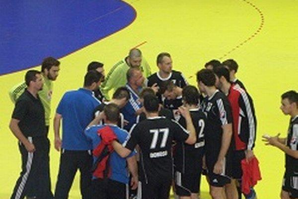 Topoľčany prehrali o deväť gólov.