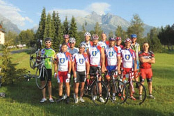 Cyklisti Topoľčian.